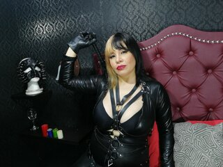BellatrixFox shows private livejasmin